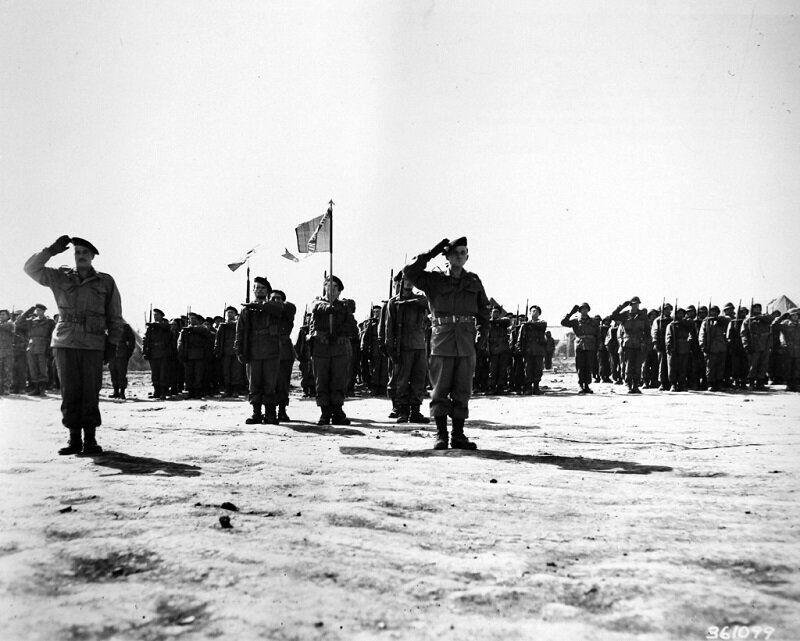 1951년 3월 1일 지평리 전투 결과를 보고하는 프랑스군 모습. 2020년 6월 22일