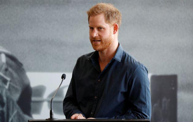 Le prince Harry, qui est un mécène de la RFU et un supporter de longue date de ce sport,...