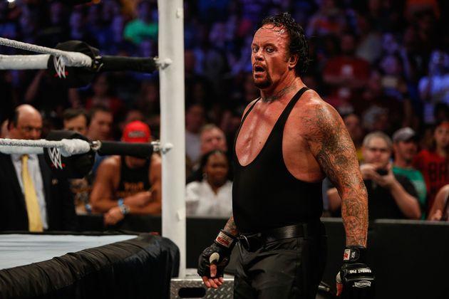 The Undertaker (ici lors d'un combat de la WWE en 2015) met fin à sa carrière à...
