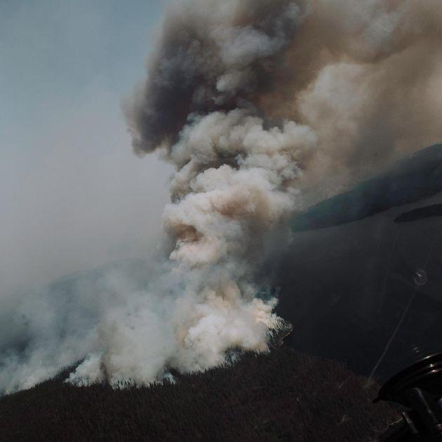 Le feu de forêt à Chute-des-Passes au Lac-Saint-Jean (photo du 20