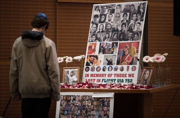 La tragédie a fait 176 morts, dont 55 citoyens canadiens et 30 résidents