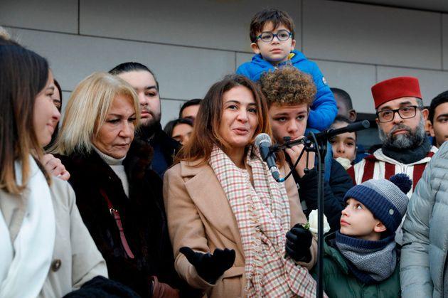 La famille de Cédric Chouviat (ici lors d'une marche blanche organisée en hommage au livreur...