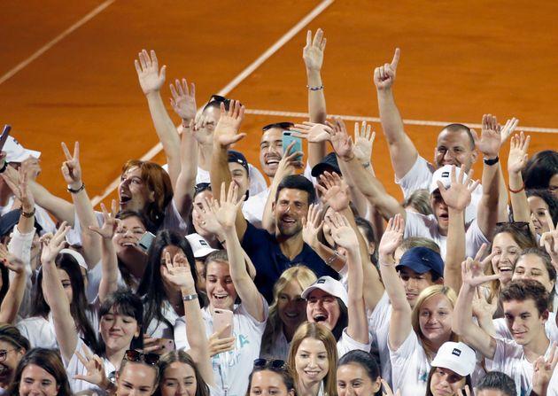 Θετικός στον κορονοϊό και ο Τζόκοβιτς - Αντιδράσεις για το event που έγινε εστία