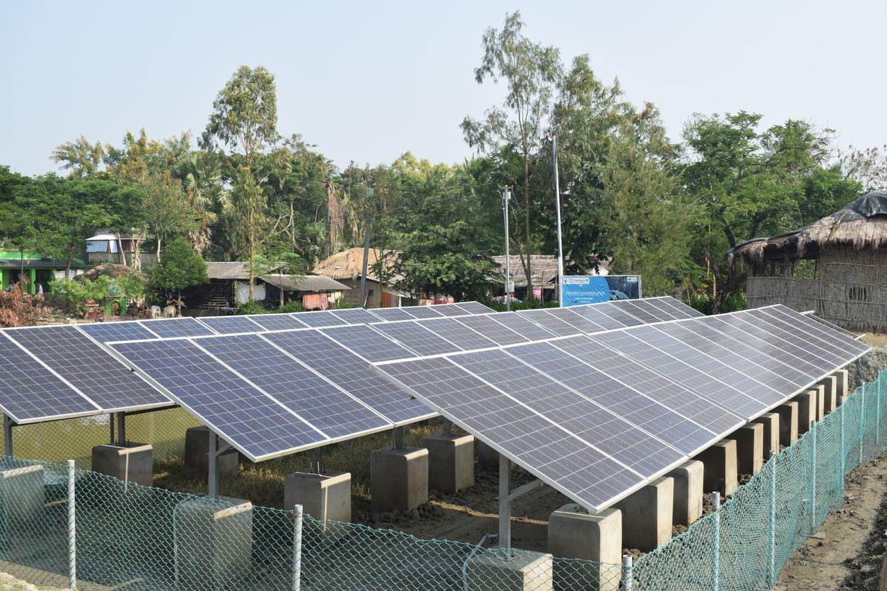 Community solar microgrids on Satjelia island in the Indian Sundarbans.