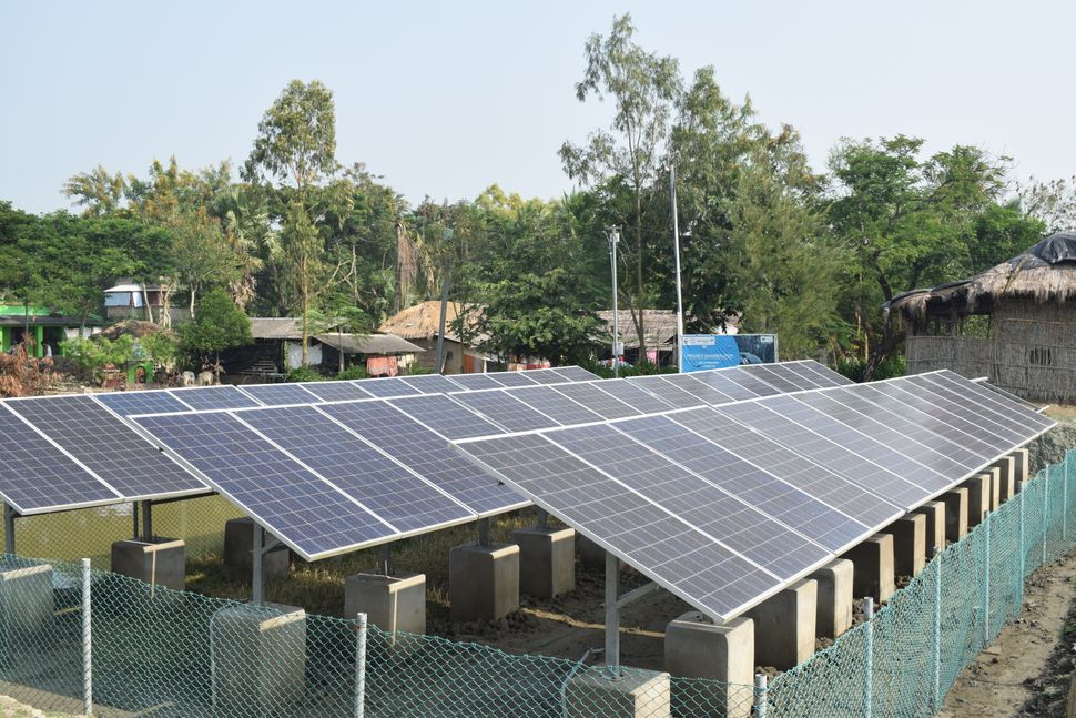 Community solar microgrids on Satjelia island in the Indian Sundarbans.