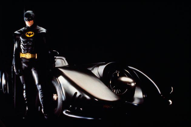 Ο Μάικλ Κίτον ξανά «Batman» τριάντα χρόνια μετά, σε έναν παράλληλο