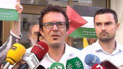 Abogados Cristianos se querella contra el alcalde de Cádiz por colgar del Ayuntamiento la bandera