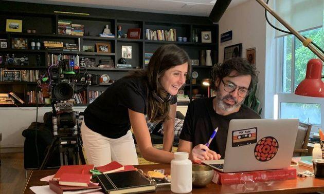 Joana Jabace e Bruno Mazzeo no set/apartamento: