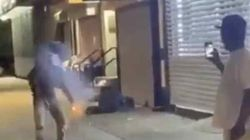 ΗΠΑ: Πέταξε πυροτέχνημα σε άστεγο και εξερράγη στο σώμα