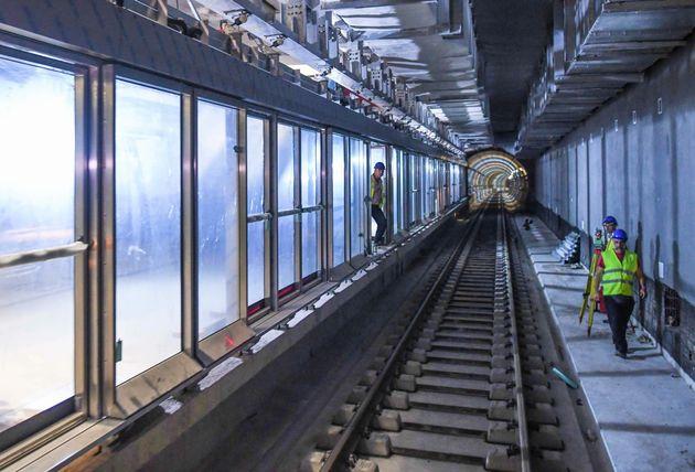 Μπείτε στις σήραγγες του μετρό