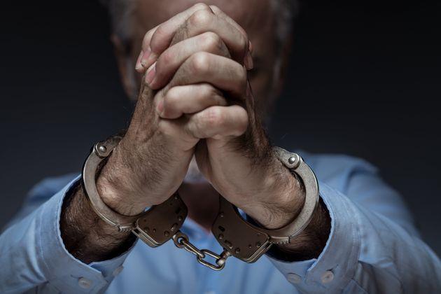 Οι διά βίου δυσκολίες που αντιμετωπίζει ένας φυλακισμένος στις