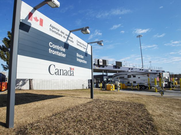 The Canadian border crossing is seen in Lacolle, Que. on March 18,
