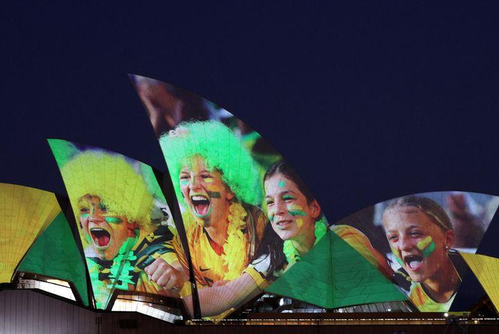 The Sydney Opera House lights up in celebration of Australia and New Zealand's joint bid to host the FIFA Women's World Cup 2023, in Sydney, Australia, June 25, 2020.  REUTERS/Loren Elliott