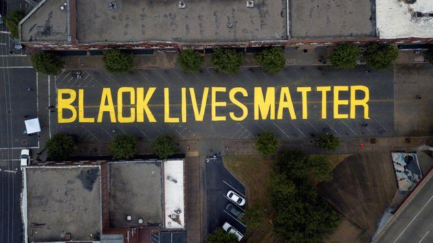 조지 플로이드 사망 후 한 달, '블랙 라이브즈 매터' 운동 타임라인