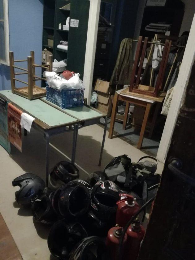 Εξάρχεια: Επιχείρηση εκκένωσης κτιρίου από την