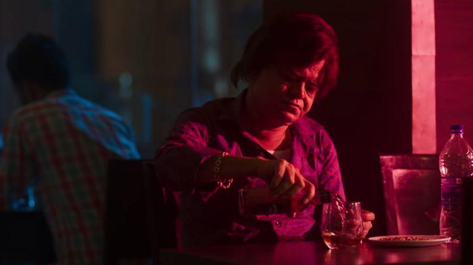 Sanjay Mishra in a still from 'Kaamyaab'