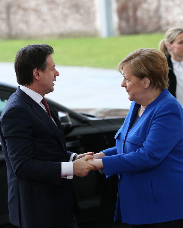 Tra Conte e Merkel c'è di mezzo il