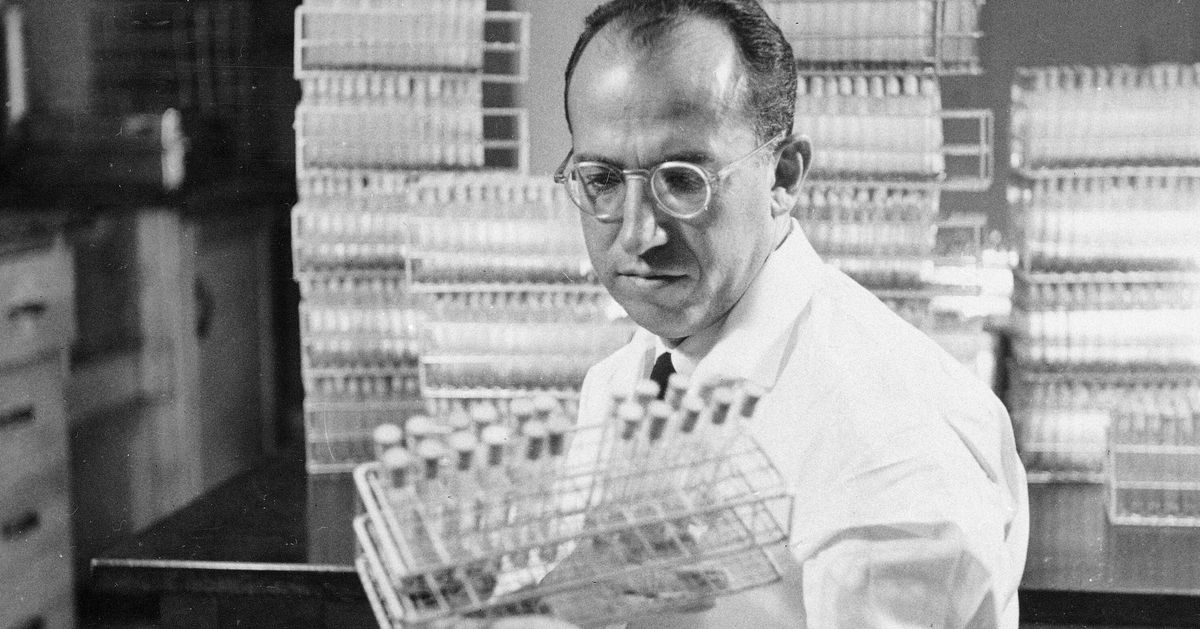 What's So Hard About Developing A COVID-19 Vaccine? We Asked A Scientist - HuffPost thumbnail