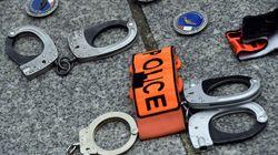 200 policiers manifestent devant le Bataclan contre les accusations de racisme et de