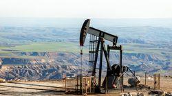Εκ νέου πτώση στην τιμή του αργού πετρελαίου λόγω ανησυχιών για τον