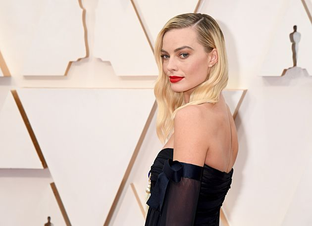 Margot Robbie joined a new project with screenwriter Christina