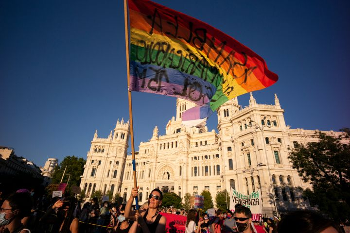 Manifestantes en Madrid durante la marcha del Orgullo.
