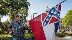 미국 미시시피주도 '백인 우월주의 상징'을 깃발에서 빼기로