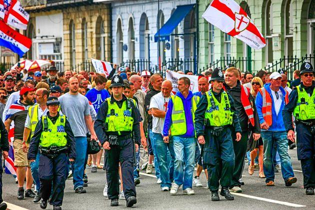 L' Inghilterra e la fascinazione del nuovo fascismo