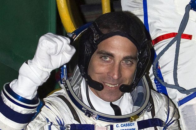 Che fine farà lo specchietto perso dall'astronauta Nasa in una passeggiata