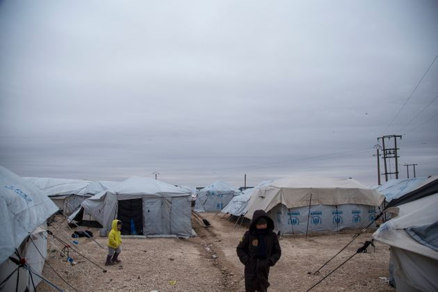 Plusieurs enfants vivaient dans un camp de réfugiés à Al-Hol en février