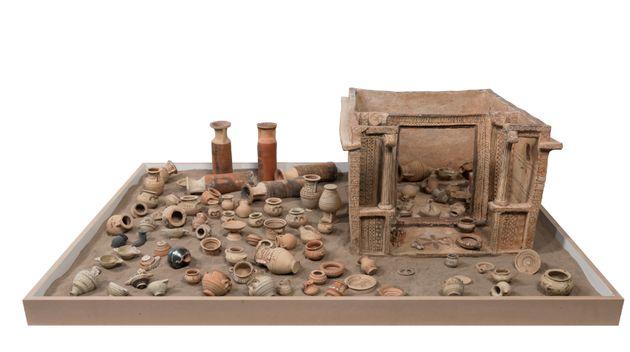 Ομοίωμα οικίσκου Αρχιδίκας (μέσα 6ου αι. π.Χ.).