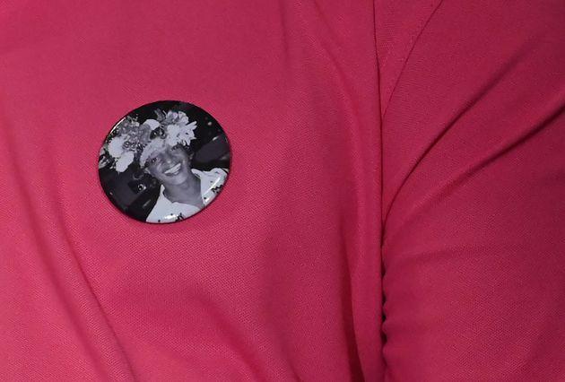 A Marsha P. Johnson estampa bottom em camiseta durante evento de celebração do movimento
