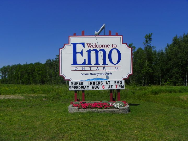 A sign welcoming people to Emo, Ont.