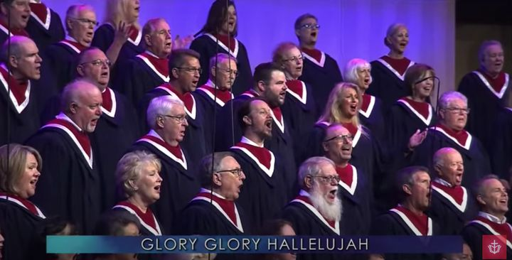 """The choir of First Baptist Dallas performs at """"Celebrate Freedom Sunday"""" on June 28, 2020."""