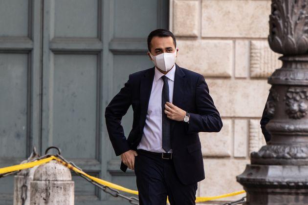 20/05/2020 Roma, Il Ministro degli Esteri italiano Luigi Di Maio arriva al Senato per discutere e votare...