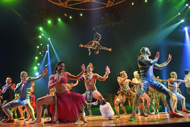 Il Covid colpisce anche il Cirque du Soleil |  3500 licenziamenti e bancarotta