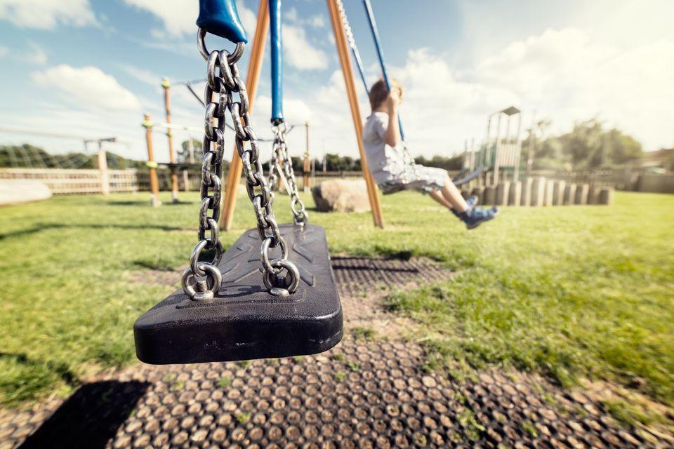 Αρπαγή ανηλίκου: Πώς μιλάμε στα παιδιά ανά ηλικία – Το προφίλ των