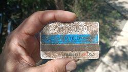 Trova sulla spiaggia una scheda telefonica del '94 e posta la foto. Gli utenti: