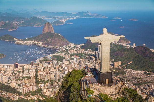 Χάθηκαν 7,8 εκατομμύρια θέσεις εργασίας στη Βραζιλία λόγω του