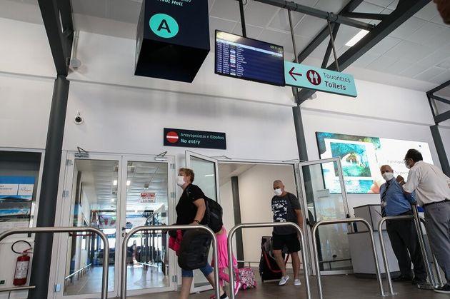 Κορονοϊός: 28 νέα κρούσματα το τελευταίο 24ωρο - Τα 13 στις πύλες