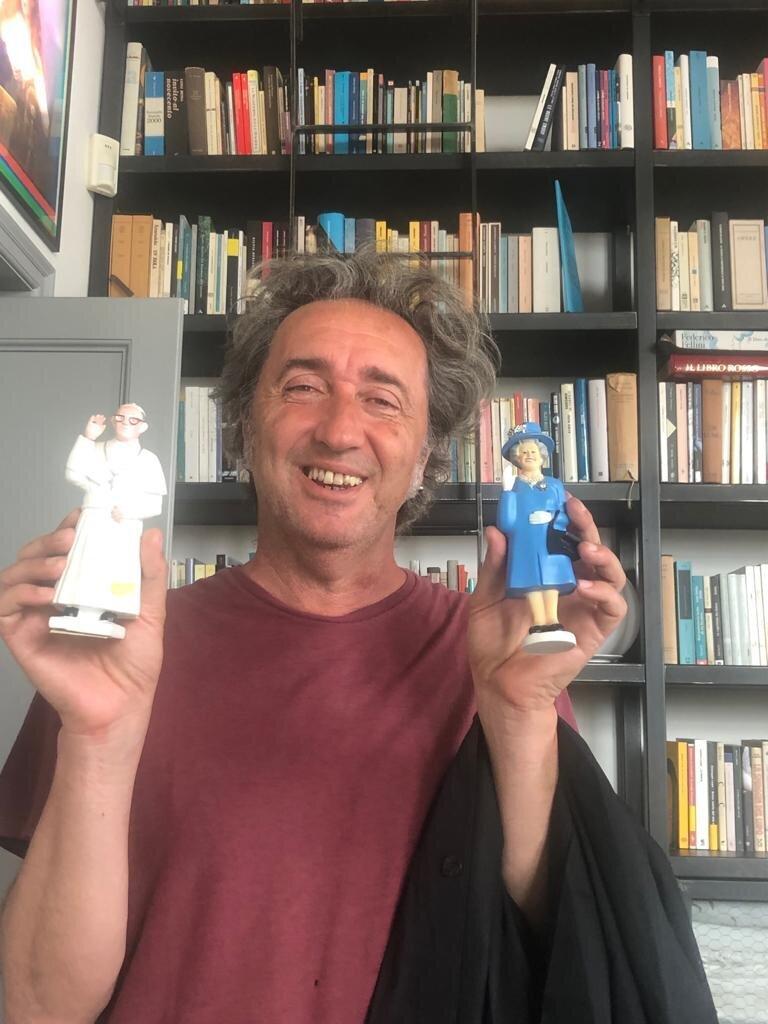 Rassegna Stampa Sorrentino Sceglie La Regina Elisabetta E Papa Francesco Per Raccontare La Quarantena In Homemade Rassegna Stampa