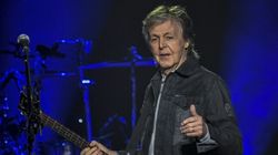 Paul McCartney appelle Boris Johnson à sauver la scène musicale