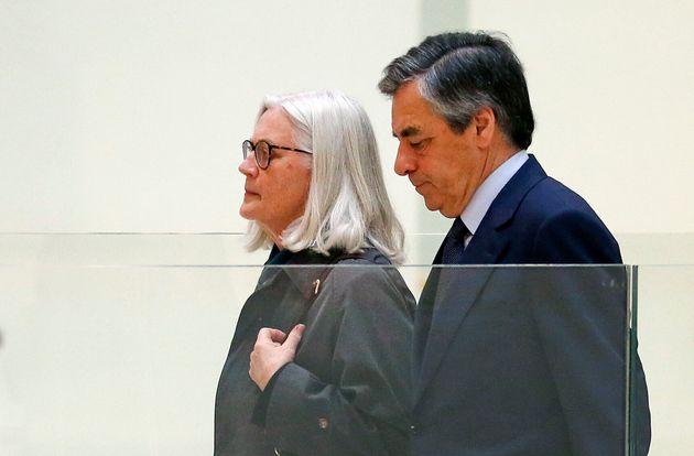 Dans l'affaire Fillon, la procureure générale de Paris dément tout intervention...