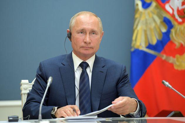 Dio e Putin nella Costituzione