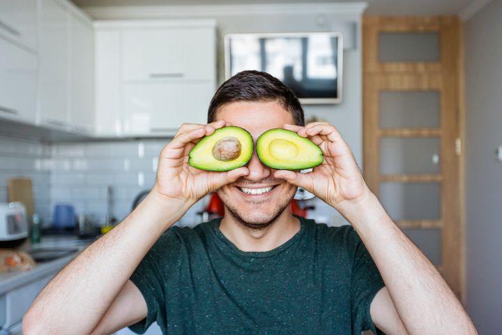 """""""Há muitas vantagens na dieta vegetariana além da ausência ou redução do consumo de alimentos de origens animais"""", diz nutricionista."""