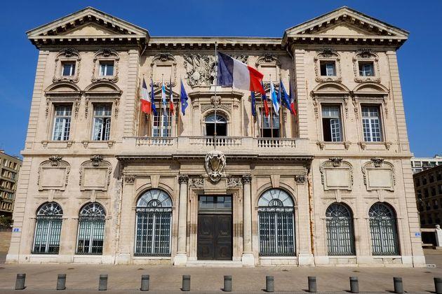 La bataille pour la mairie de Marseille laisse entrevoir le pire cauchemar de la