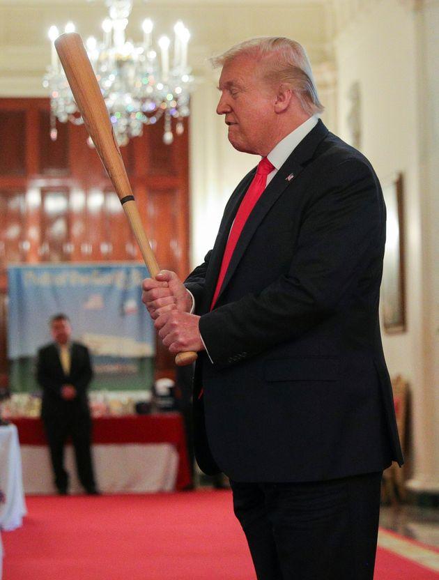 'Photoshop Battle' Over Donald Trump Baseball Bat Photo Is A Home