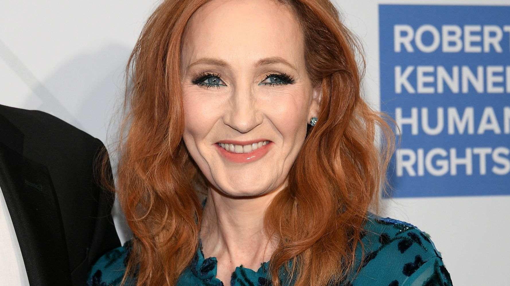 'Harry Potter' Fan Groups Take United Stand Against J.K. Rowling's Transphobic Views
