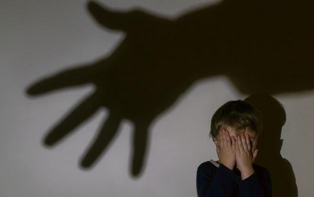 Maxi-blitz anti pedopornografia, arresti in 15 regioni: tra le vittime anche