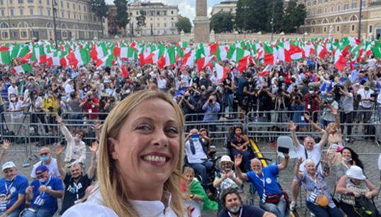 IN PIAZZA MA STAVOLTA SEDUTI - Centrodestra di nuovo a Roma per dire no al governo